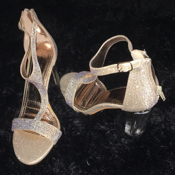 04e77692216b Annie Pinky Shoes - 🆕 Sz7 Champagne Glittery Rhinestone Acrylic Heels